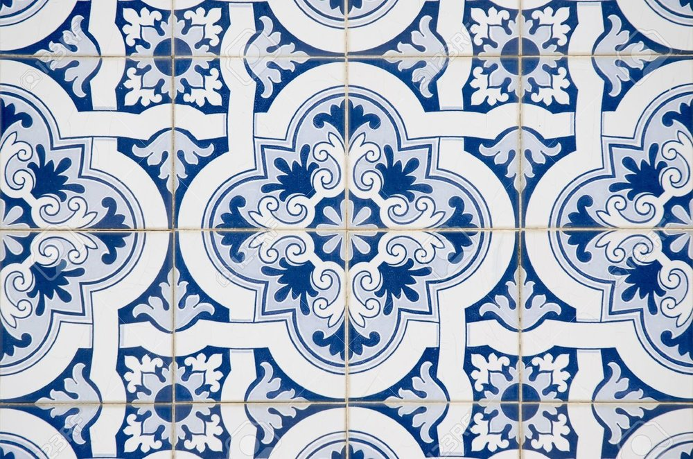 11326105-Backgrounds-and-textures-Intricate-ceramic-tile-design--Stock-Photo.jpg