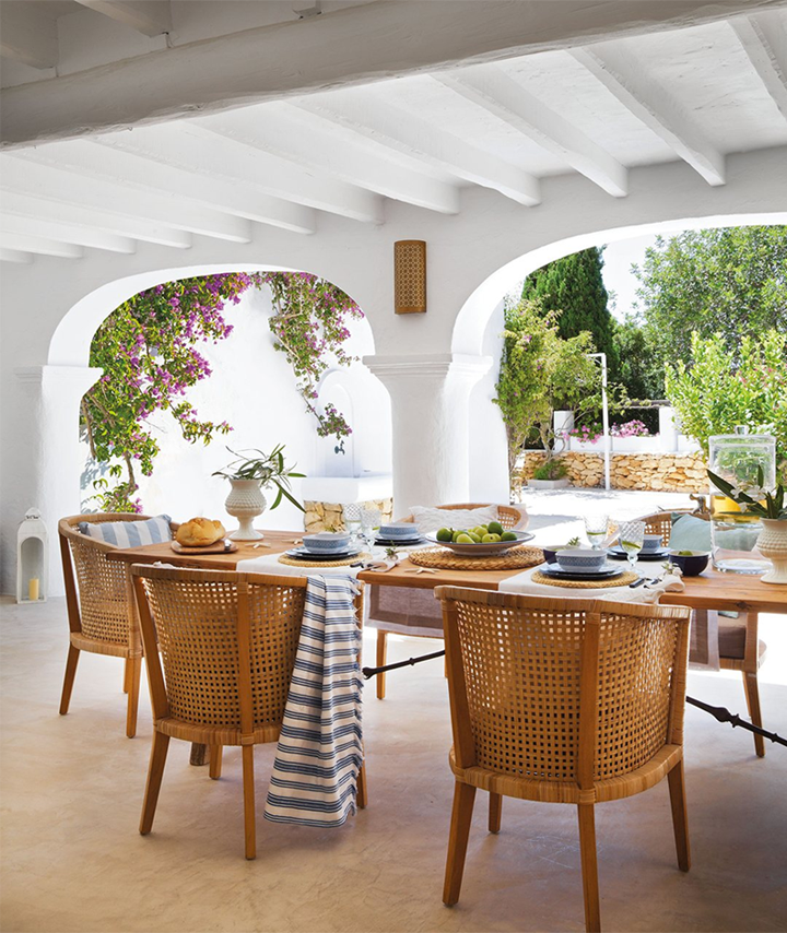 79ideas_outdoor_dining_area_house_ibiza.png