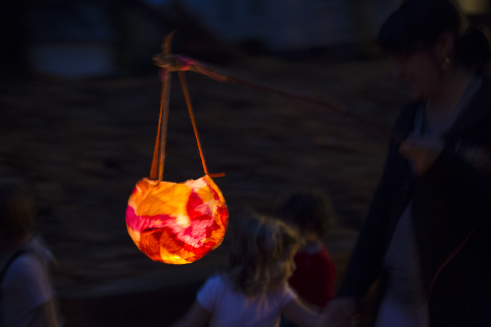 2012_lantern walk-9716.jpg