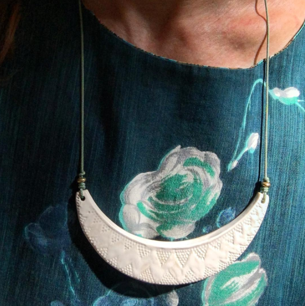 GLAZED WHITE PORCELAIN NECKLACE WITH ADJUSTABLE SILK/NYLON CORD