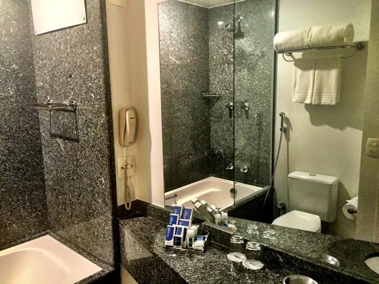 Banheiro da Suite no Hotel Blue Tree Paulista