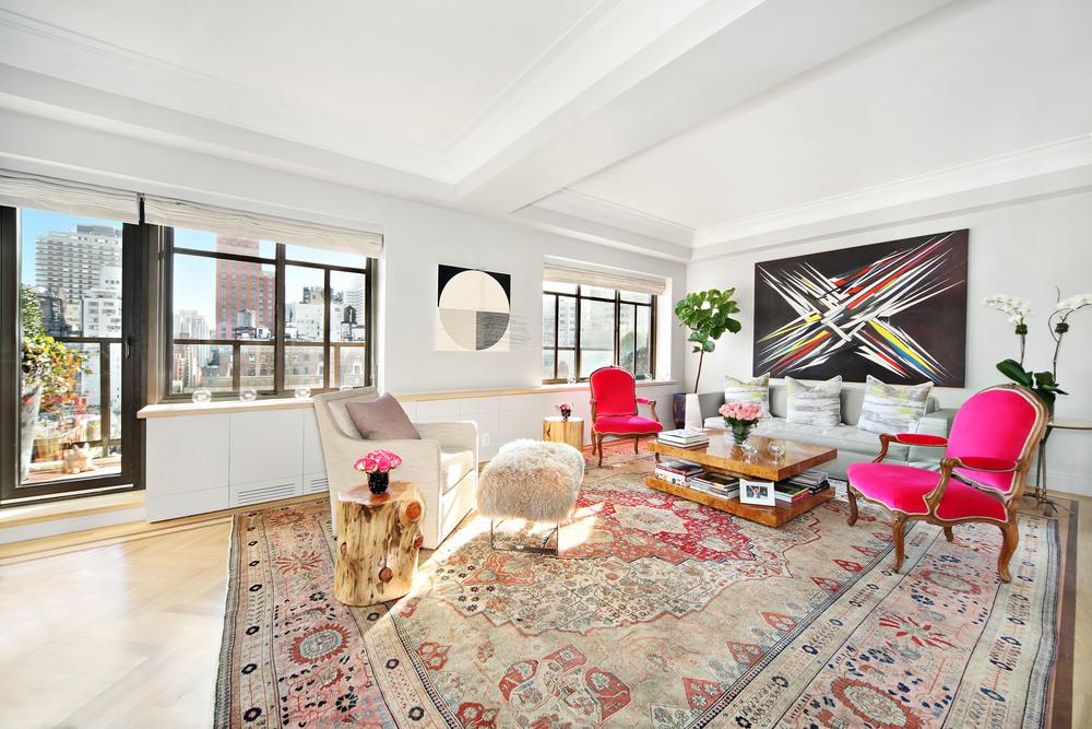 Bilingual New York City Real Estate  Global Real Estate Advisor, Associate Broker    Contact Maria