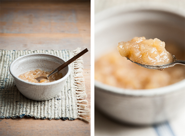 applesauce_in_bowl_with_spoon_on_mat