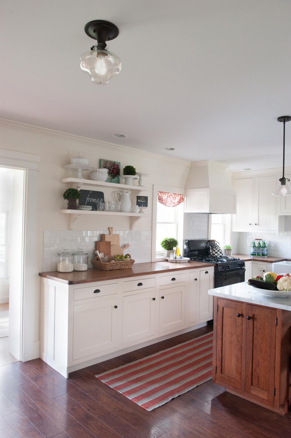 remodeled_kitchen_wtih_new_lights