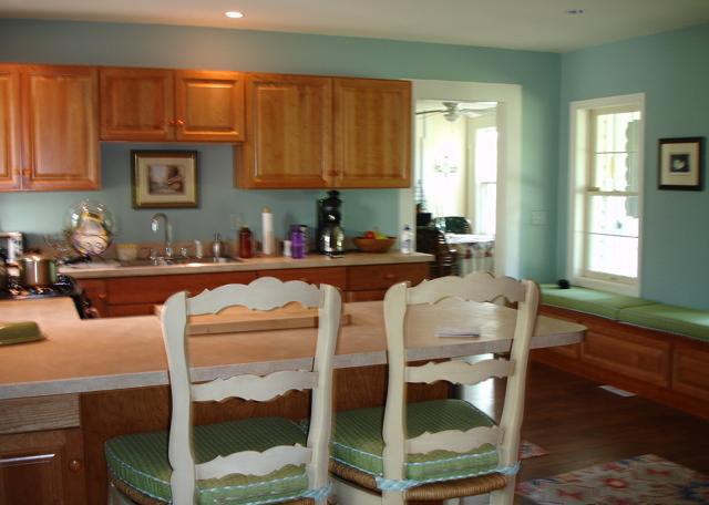 kitchen_before_renovation