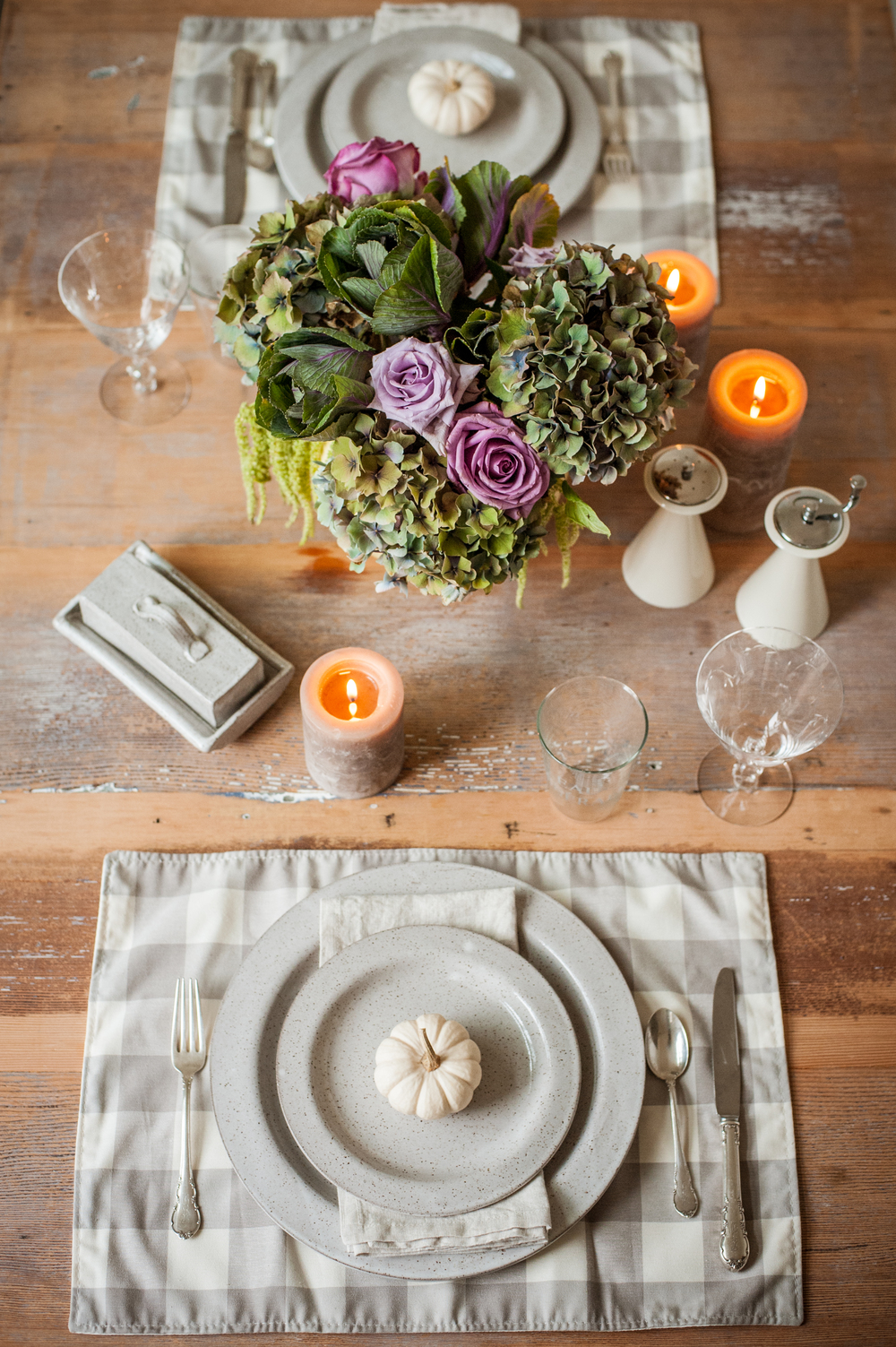 White-Porcelain-Pumpkin-Fall-Table-Setting-Ideas-0041.jpg