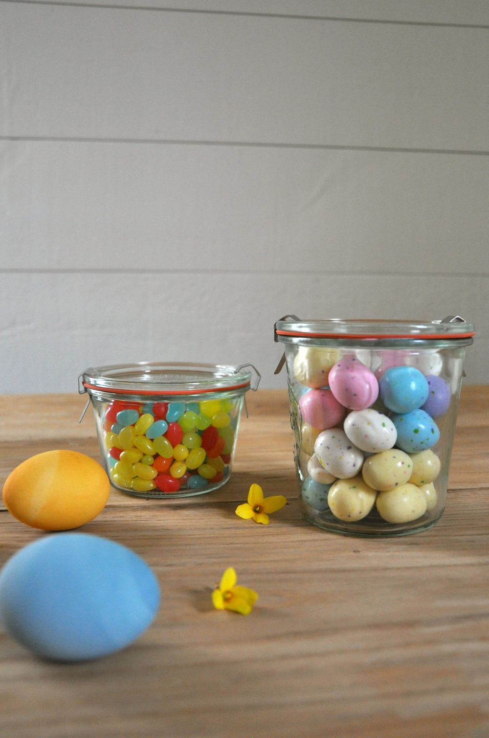 easter_candy_in_clear_jars