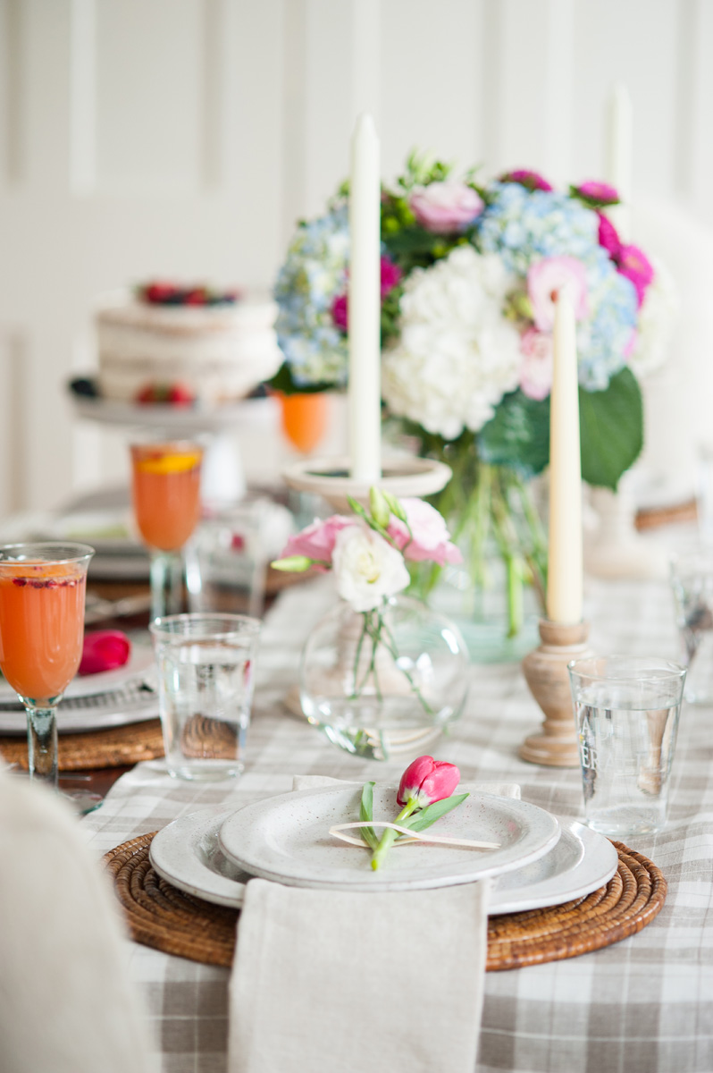 mothers_day_brunch_table_settings