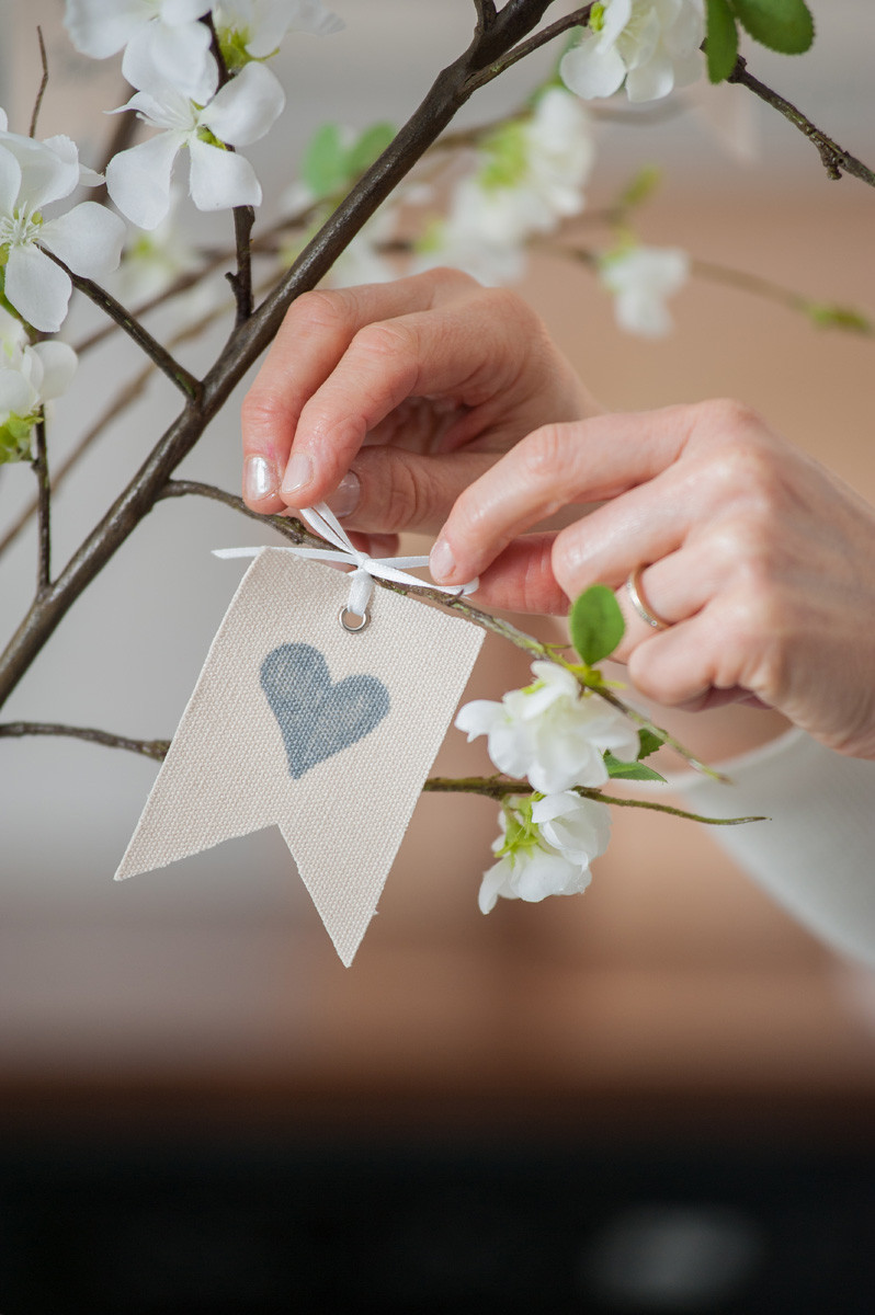 banner_with_bow_on_branch