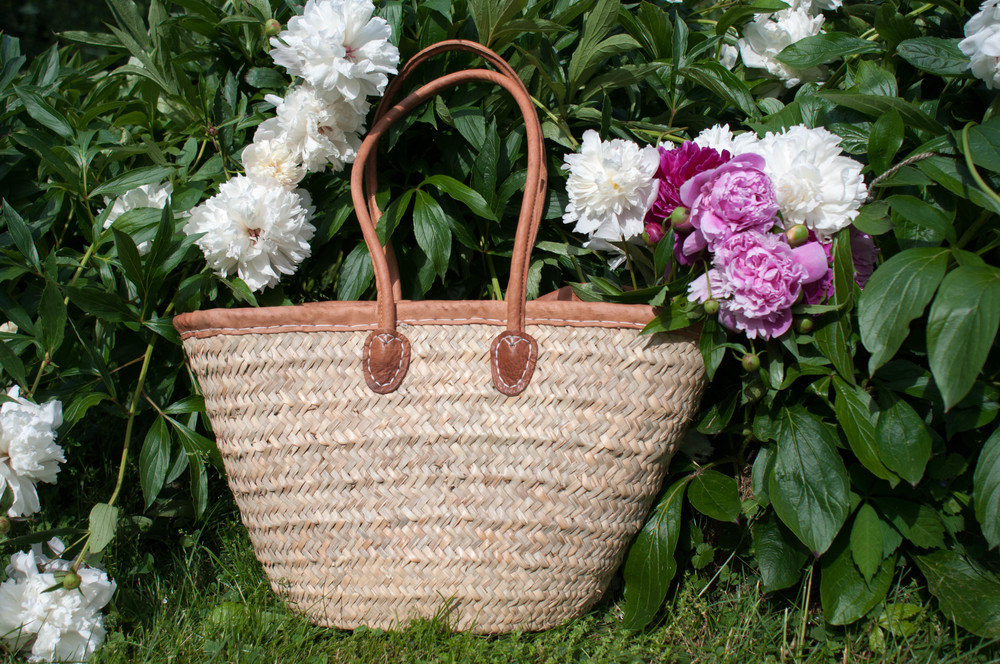farmers-market-basket-leather-trim