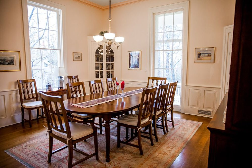 Family Dining Room Makeover BEFORE