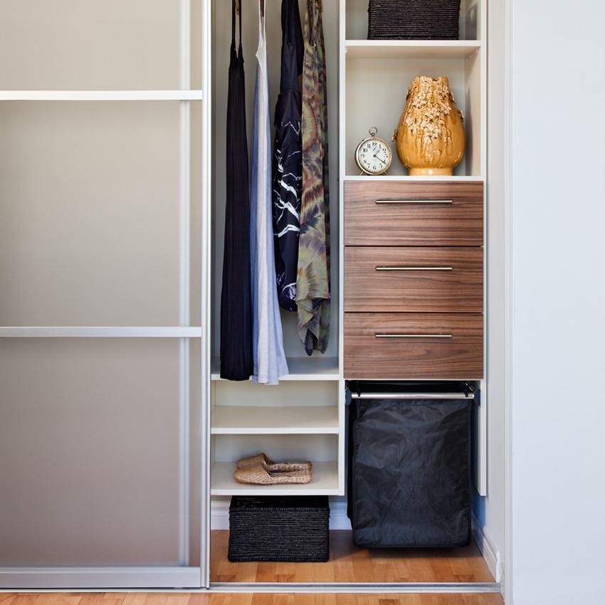 Closet_03.jpg