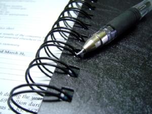 pen-diary-1421439-640x480.jpg