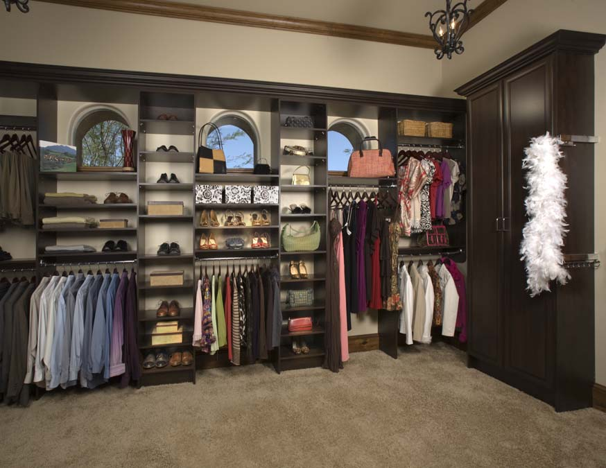 Chocolate Pear Walk-In in Premier with Boa.jpg