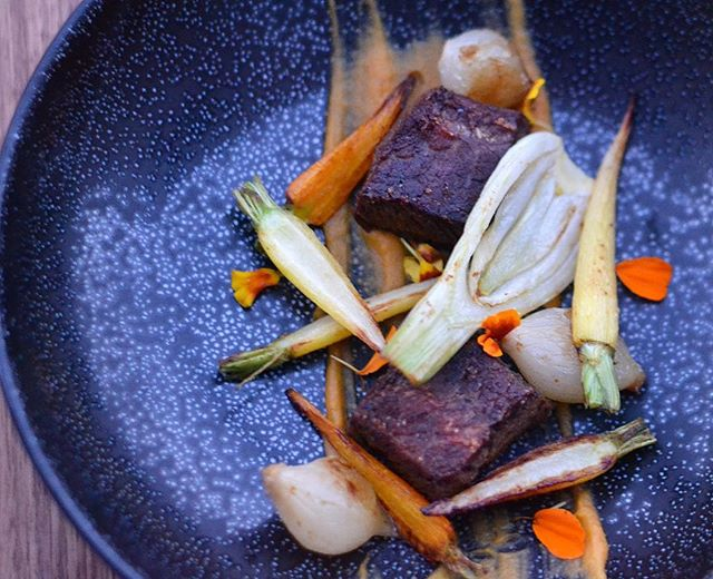 Make it a beautiful weeekend! Short Rib Confit with Yam Puree and Carmelized Root Vegetables. Shout out to @thechazlangley for the opportunity to share my talents for his birthday dinner last night.