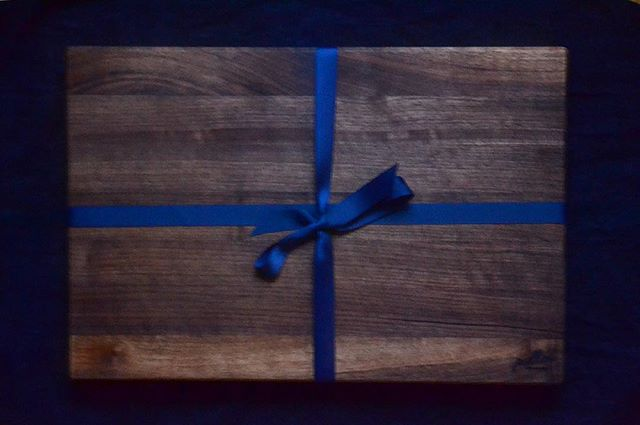 HIP LIST - Need a premium gift idea for the person in your life who loves  to cook. Gift them with The Ellis Cutting Board - a Brooklyn handcrafted 18 x 24 inch walnut kitchen essential. To shop click the link in my profile.