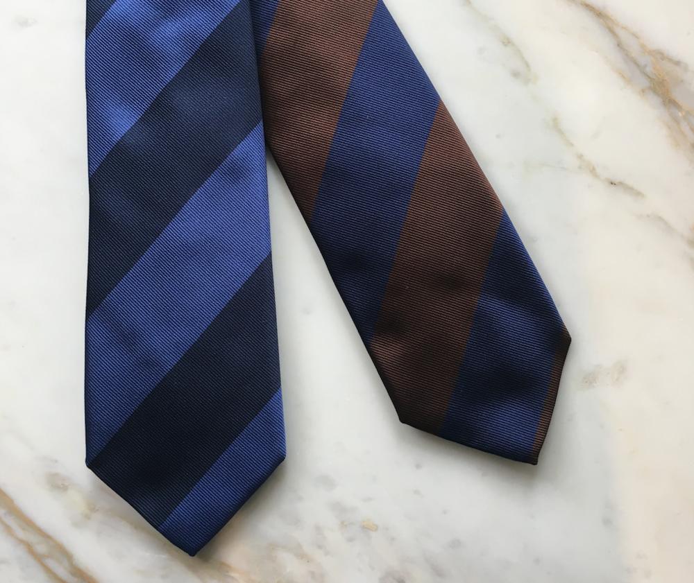 - Las mejores corbatas hechas a mano.Más de 30 estilos y diseños diferentes.Tejido: 100% SedaHechas en Italia y JapónDISPONIBLES EN BESPOKE ATELIER