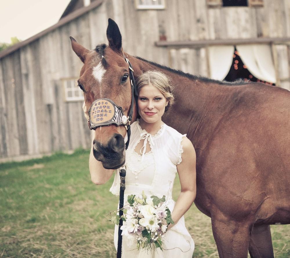 horsebride2.f.jpg