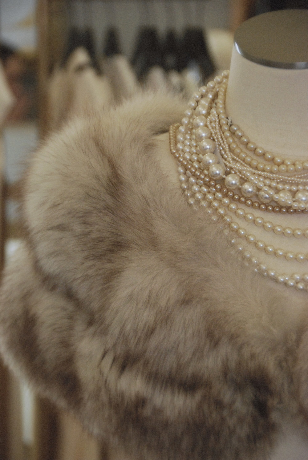 floxfur.pearls.f.JPG