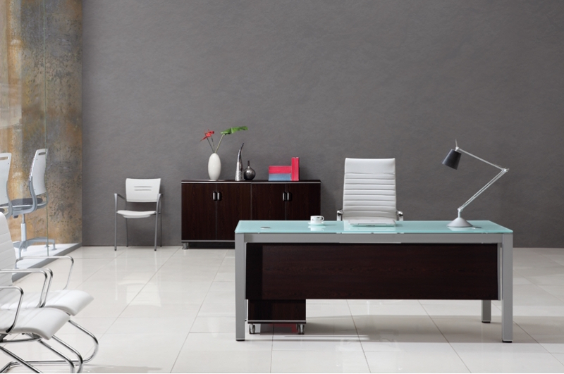 Tunsten straight desk front-800x800.jpg
