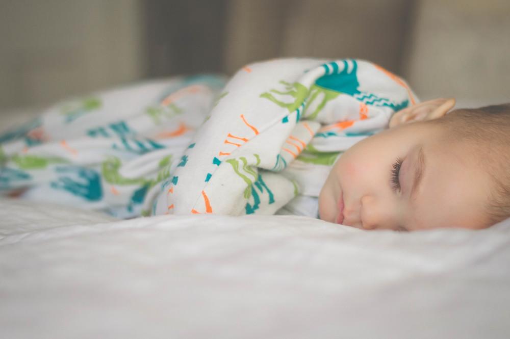 sleeping baby zipadeezip-15.jpg