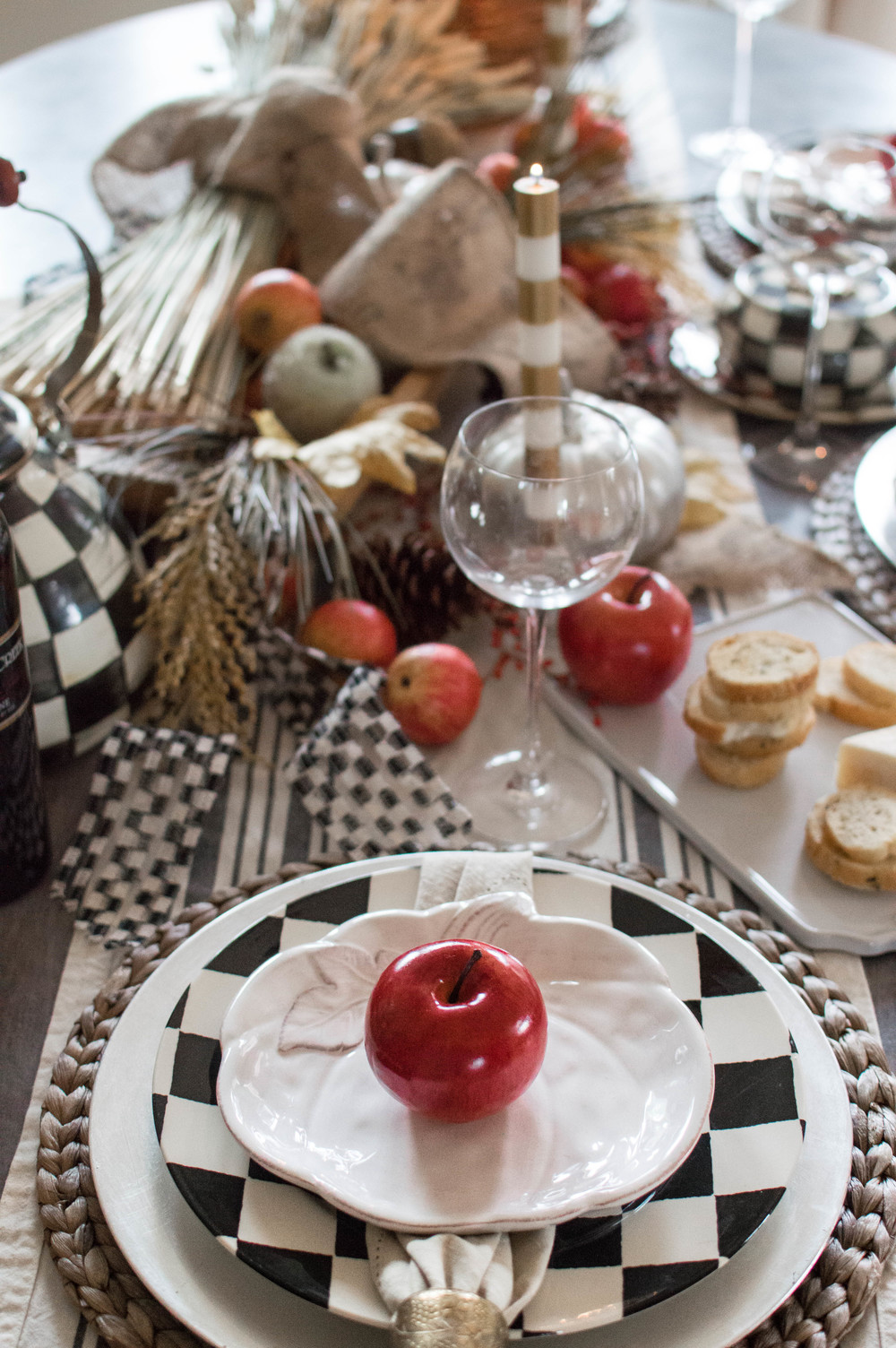 Thanksgiving tablescape-13.jpg