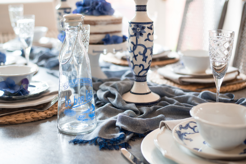 Blue and White Mothers Day Table Idea