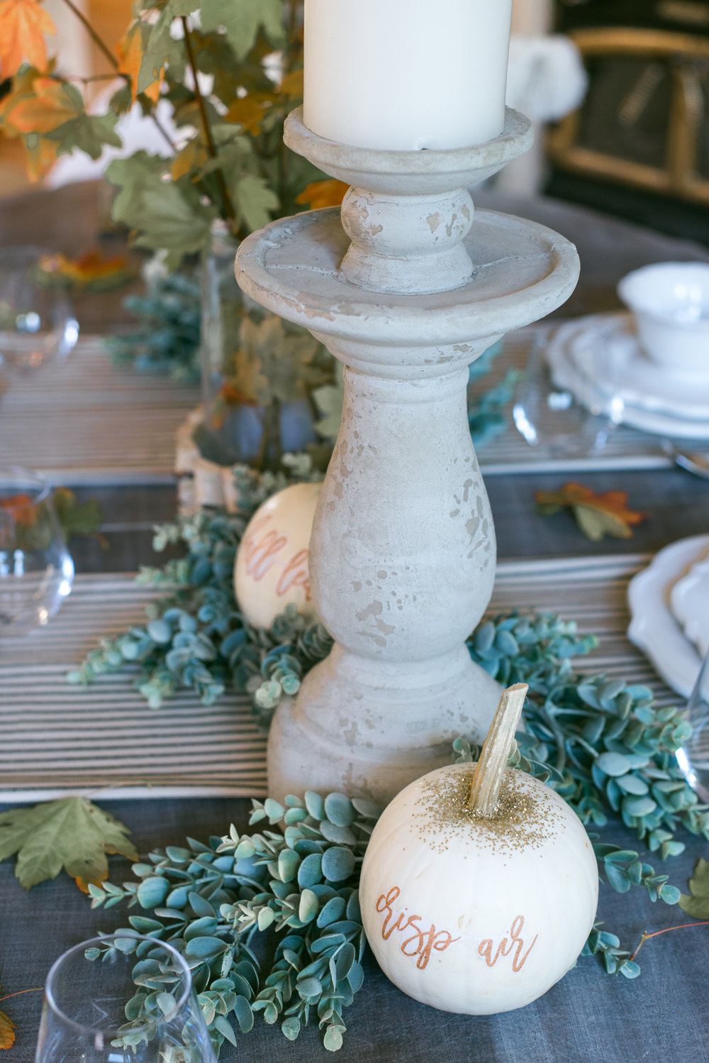 Simple Fall Dining Room Decor