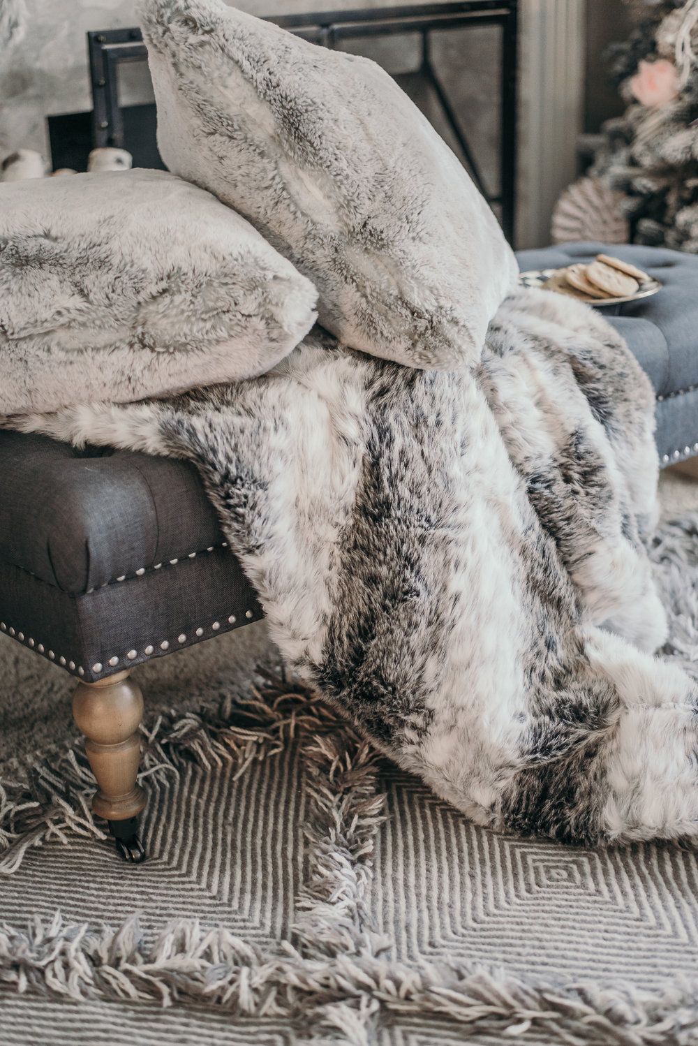 Pink Black and White Floral Christmas Decor 2016 Faux Fur