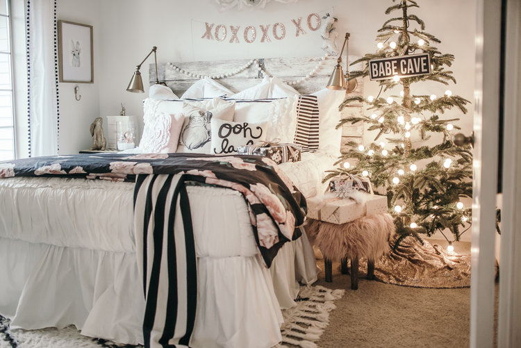 Christmas Decor Ideas - House of Five - Girls Kids Room Beddys