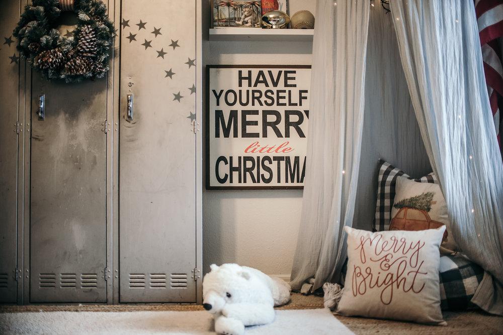 Christmas Decor Ideas - House of Five - Boys Room