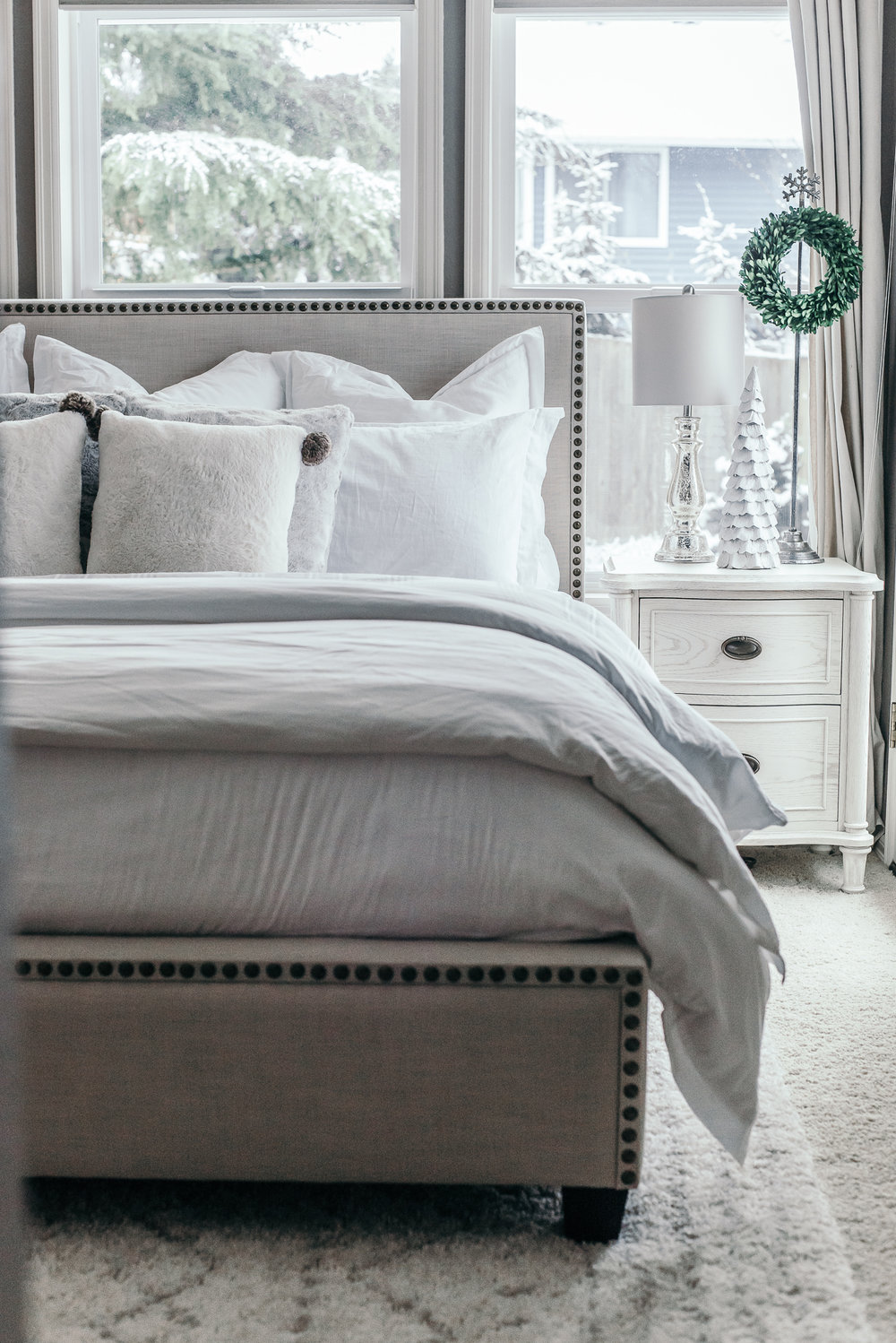 Joss & Main Teagan Bed @houseof5five Upholstered Bed, Winter Bedroom, Birch Lane Nightstands, House of Five