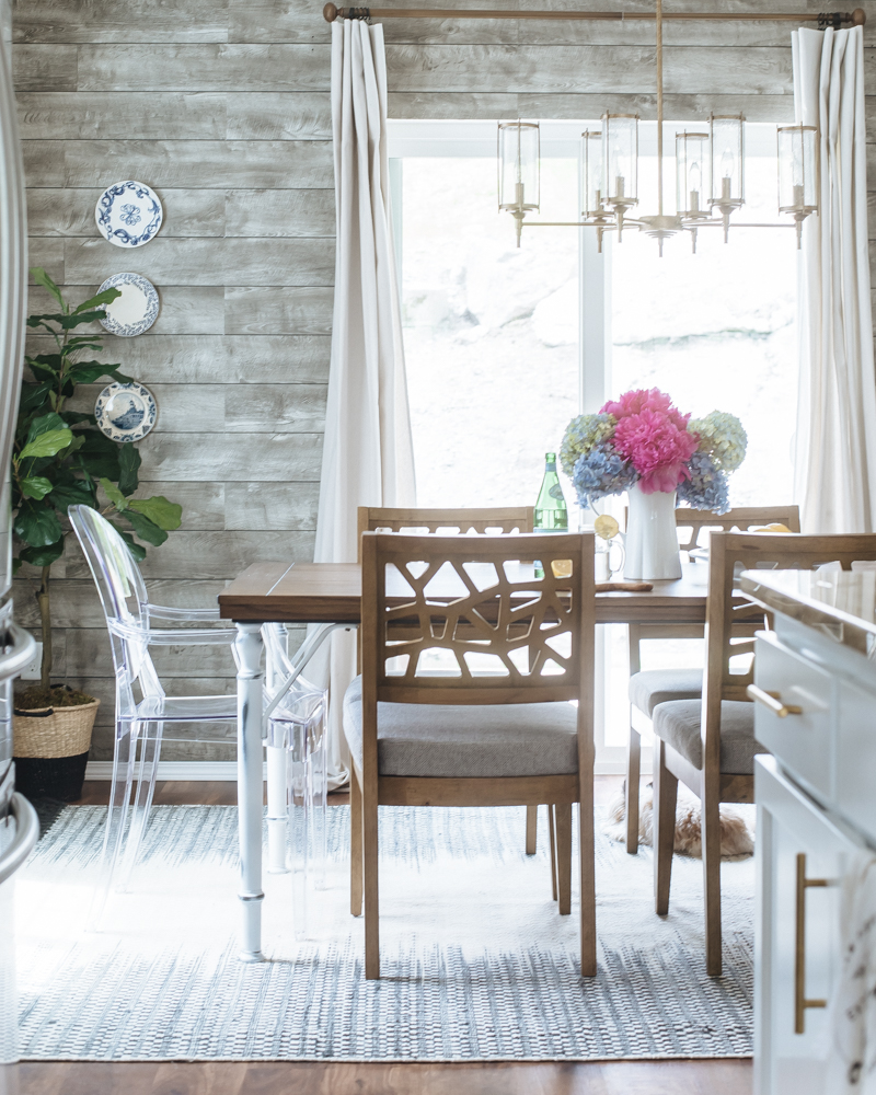 Modern Rustic Dining Nook in the New House HOUSE OF FIVE