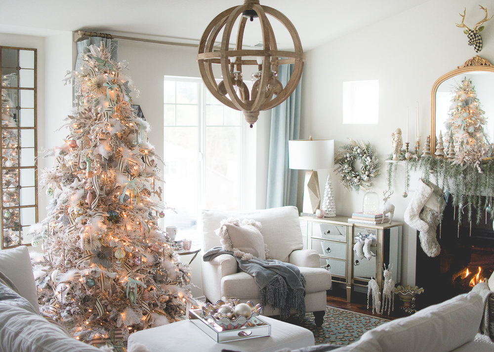 Parisian Christmas Tree Decor-42.jpg
