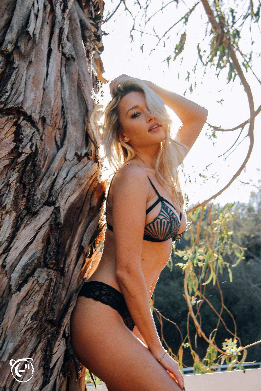 Karolina Witkowska Nude Photos 56