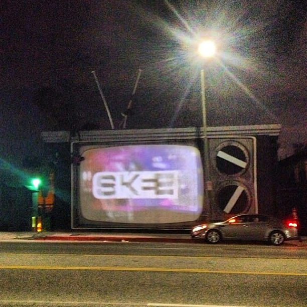 djskee :     The new Skee Lodge art installation is officially the biggest old school analog TV in the world, complete w/rabbit ears and all     Awesome… bet I can find Gilligan's Island and The Brady Bunch on that tube.  Congrats!