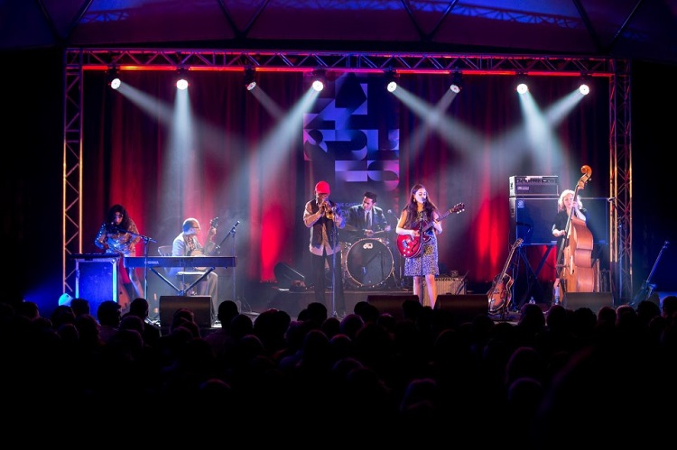 Kitty, Daisy & Lewis - NZ Jazz & Blues Festival 2013