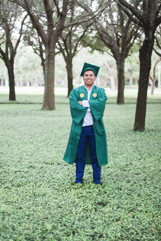 Brandon_Vega_Graduation_IMG_3777.JPG