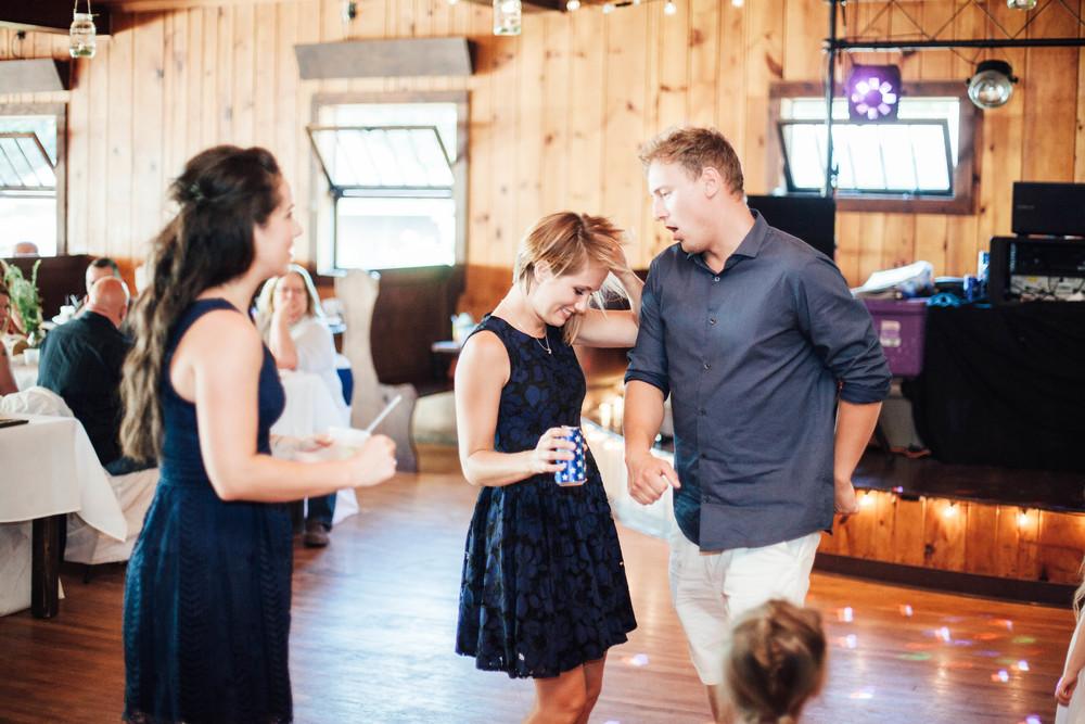 michigan-wedding-rachel-jim.114.jpg
