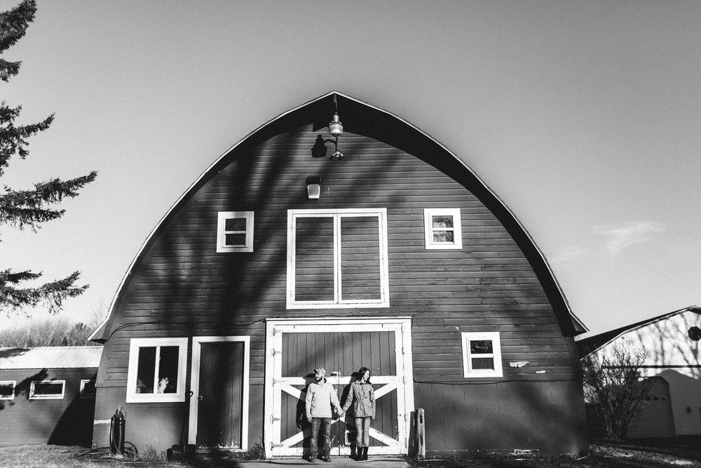 Horse Farm Engagment - Sabrina Leigh Studios - Northern Michigan Wedding Photographer 28.jpg