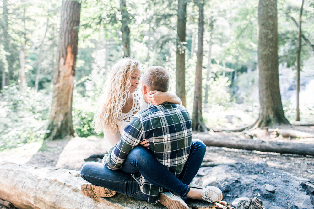 Northern Michigan Engagement Photographer - Lauren and Brent 071.jpg