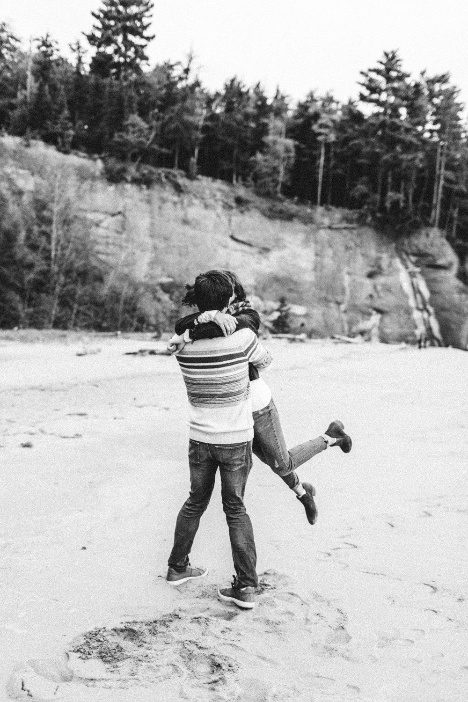 Marquette-Michigan-Engagement-Adventure-Photographer-34.jpg