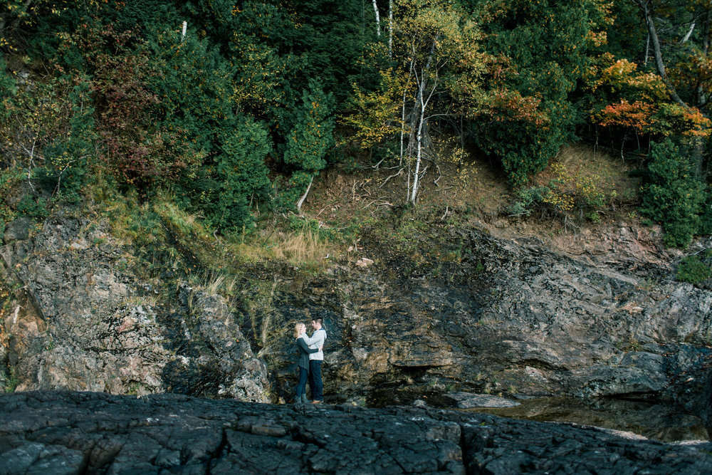 Marquette-Michigan-Wedding-Engagement-Fine-Art-Adventure-Photographer-Melissa-Shane-28.jpg