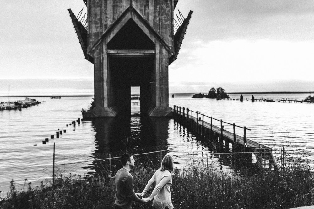 Marquette-Michigan-Wedding-Engagement-Fine-Art-Adventure-Photographer-Melissa-Shane-32.jpg