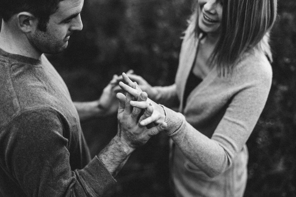 Marquette-Michigan-Wedding-Engagement-Fine-Art-Adventure-Photographer-Melissa-Shane-35.jpg