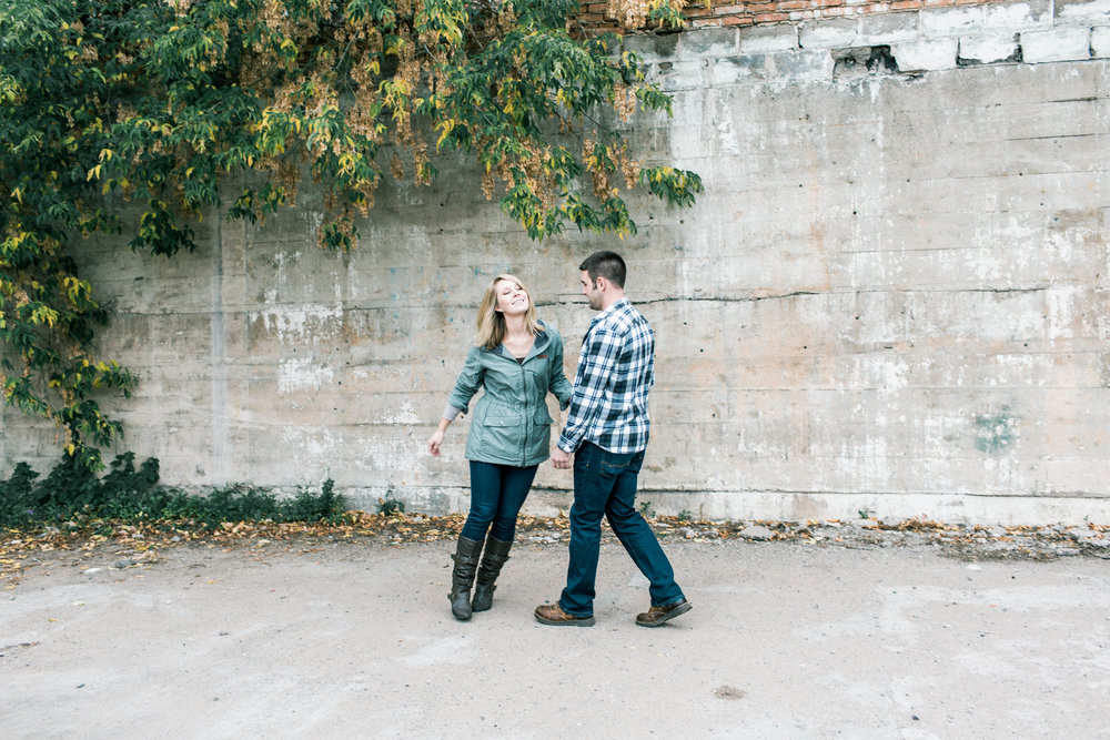 Marquette-Michigan-Wedding-Engagement-Fine-Art-Adventure-Photographer-Melissa-Shane-43.jpg