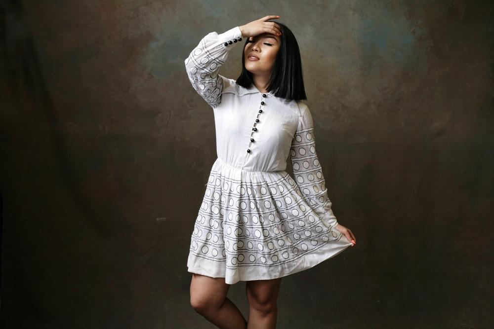Model : Ann Wynn