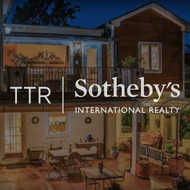 TTR Sotheby's - The Little Camel ./