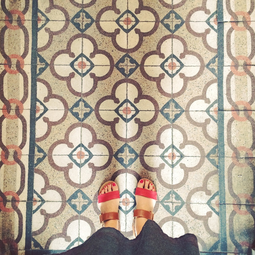 I'm not quite sure people need to see my feet this close, BUT I really do love those tiles!!