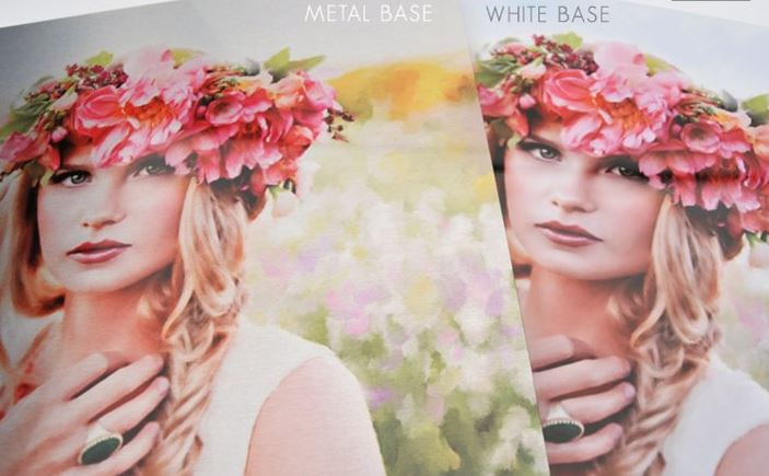 Examples of the Metal Prints in each finish - white base and metal base.